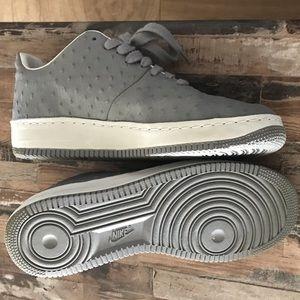 Nike Air Force One (Supreme) sz 11